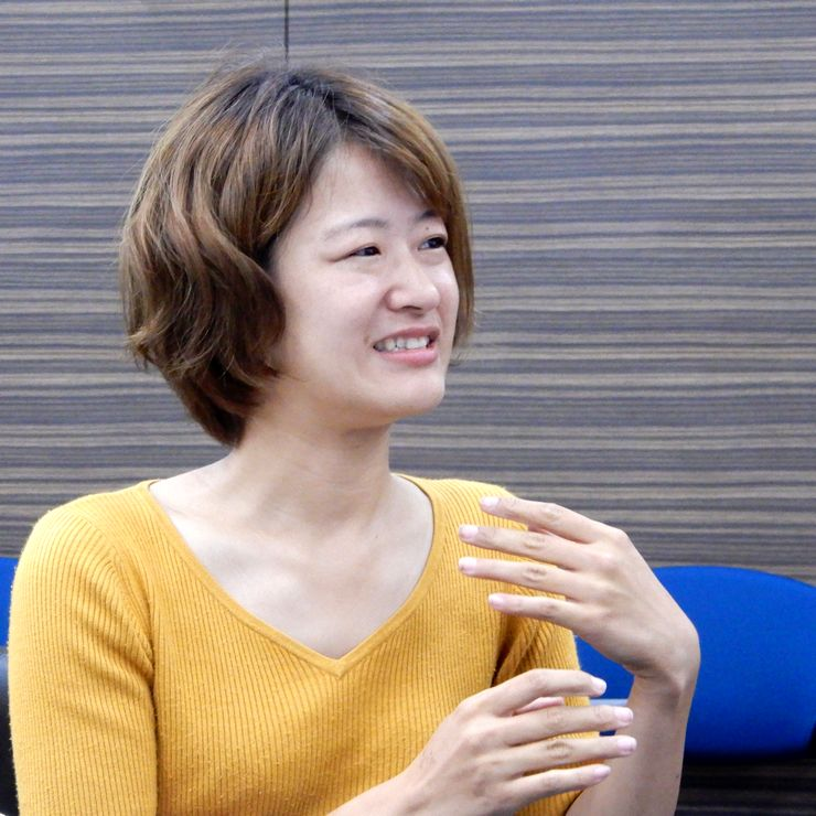 Ms. KANEMARU Mikako (At conference room of the Association)