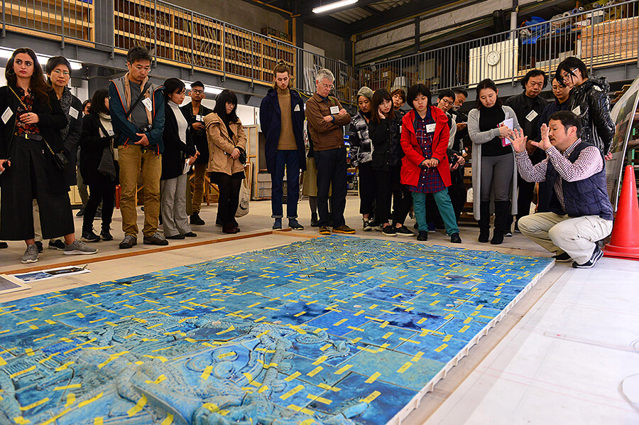 Lecture about the ceramic relief at the CREARE Atami-Yugawara Studio