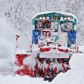Second Place<br>[Snowplow in Action] TOMII Yasumitu
